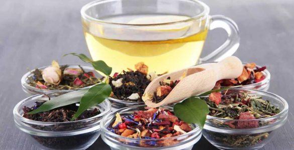 Довголіття в чашці: названі найбільш корисні чаї