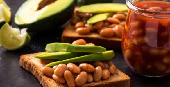 Не тільки вівсянка: продукти для сніданку з високим вмістом клітковини
