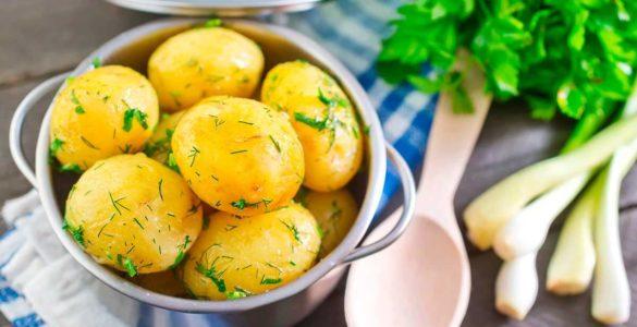Про шкоду вареної картоплі попередила кардіолог