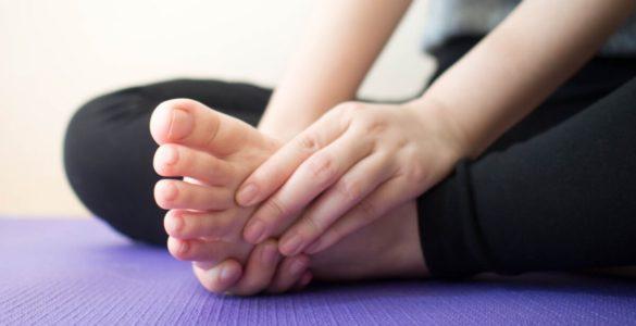 Високий холестерин: шість ознак на ногах, які попереджають про небезпечний стан